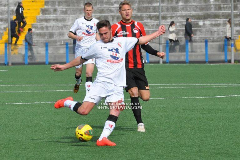 Savoia-Foggia 2-1